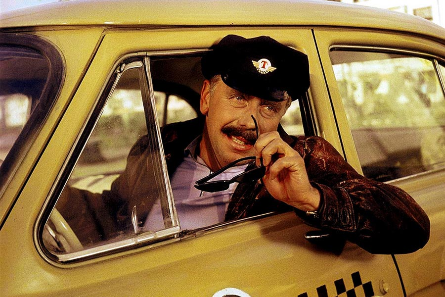 Какими качествами должен обладать водитель такси